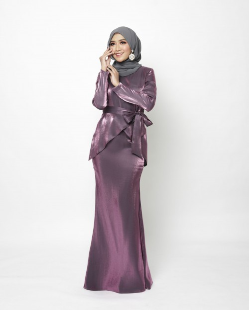 FREYAA KURUNG - MIDNIGHT PURPLE