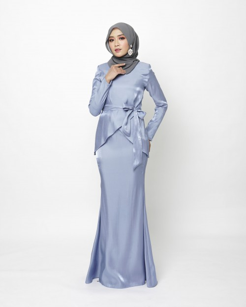 FREYAA KURUNG - PARIS BLUE