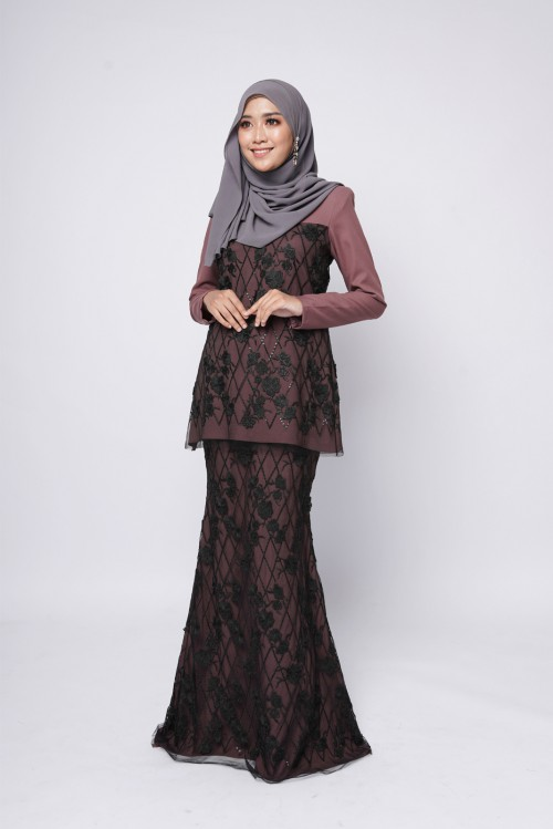 ESTELLE COUTURE - DARK MAUVE BLACK