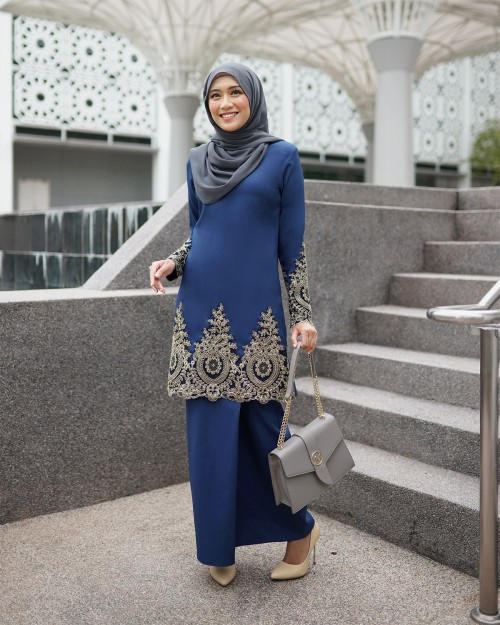 LOWELLE KURUNG PAHANG - NAVY BLUE