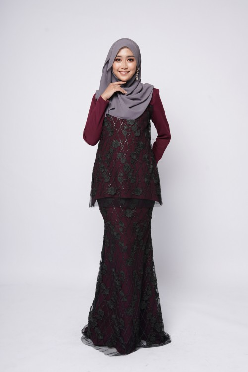 ESTELLE COUTURE - BURGUNDY BLACK