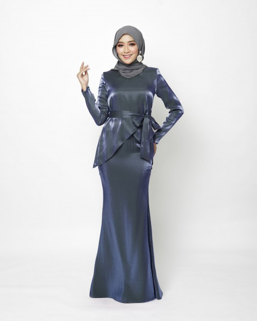 FREYAA KURUNG - MIDNIGHT BLUE
