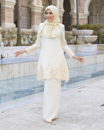 AIRIVIA KURUNG - SOFT YELLOW